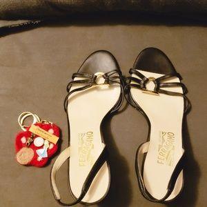 Vintage Ferragamo sandals brand new 7.5